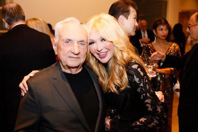 Frank Gehry, Elizabeth Segerstrom