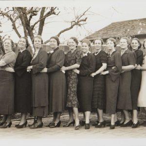 The Segerstrom women pose at Thanksgiving in Santa Ana, 1936.